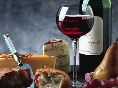 CilentoNotizie foto - http://z3ro.files.wordpress.com/2007/12/23 bicchiere vino1.jpg